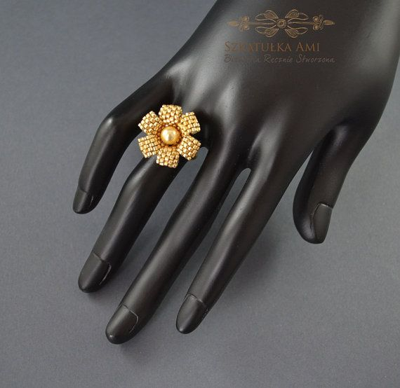 Ring with Swarovski pearl Flower ring  Gold Beads ring Size