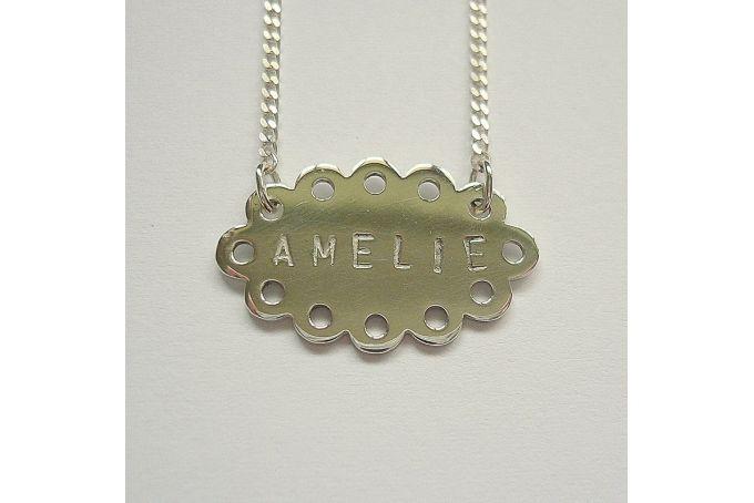 Doilie name Pendant by Fraai Juweliersware
