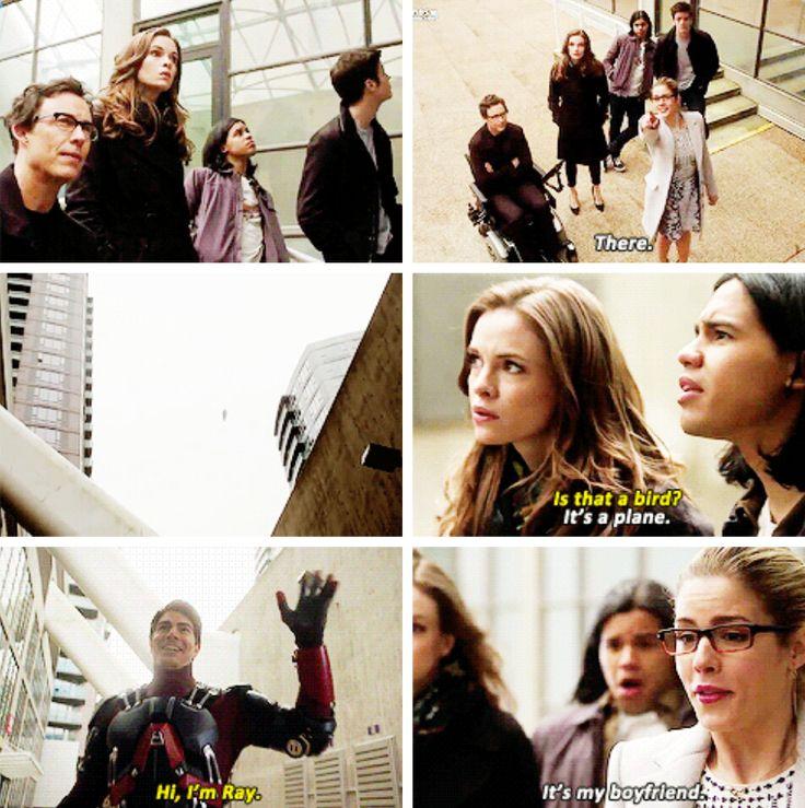 """The Flash - Barry, Felicity, Cisco, Caitlin, Wells & Ray #1x18 #Season1 """"All-Star Team Up"""" Is het een vliegtuig is het een vogel nee dat is het niet het ...."""