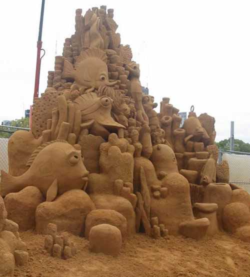 The Best Sand Sculptures, finding nemo this is awesome i think