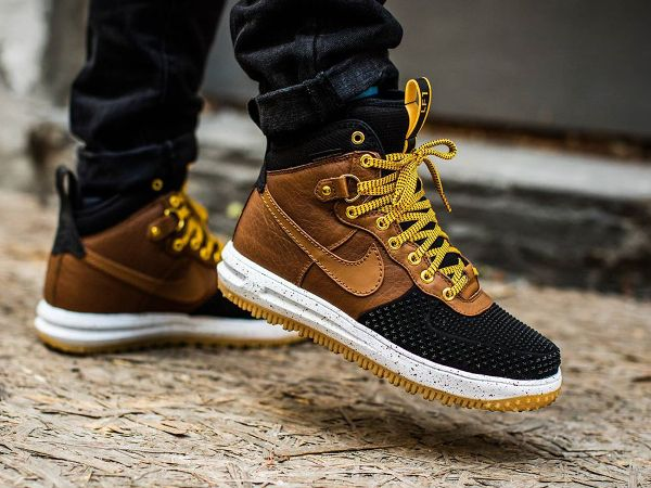 best loved f531a b3896 Nike Lunar Force 1 Duckboot Lite British Tan   Sneakers   Nike boots, Sneakers  nike, Sneaker boots