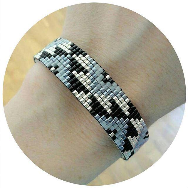 #bijoux #jewels #bracelet #manchette #ethnique #indien #amerindien #inca #navajo #instafashion #instajewels #perles #miyuki #beads #tissage #metieratisser #metieraperler #faitmain #handmade #roussia #perlesandco #glover #ootd #lookoftheday #jenfiledesperlesetjassume #perlezmoidamour