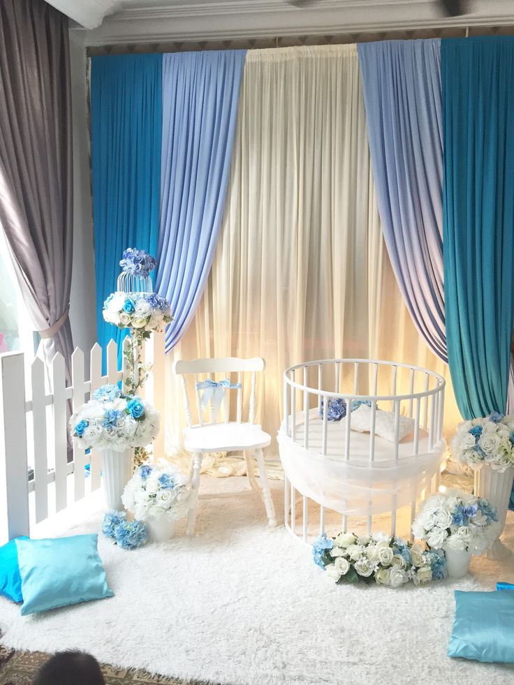 Decoration baby cradle for naming ceremony. Pelamin buaian berendoi, cukur jambul dan full pakej aqiqah www.alisdeco.blogspot.com Wasap 012-3550657