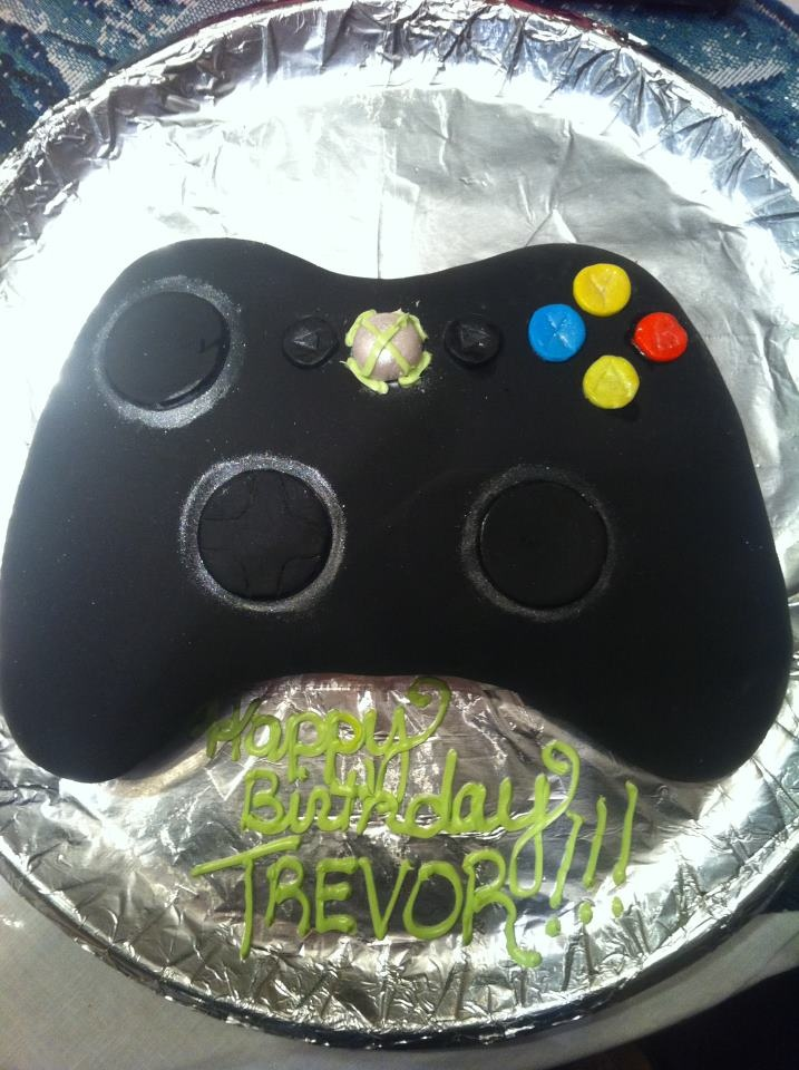 Xbox controller cake I made for my boyfriend's son's birthday