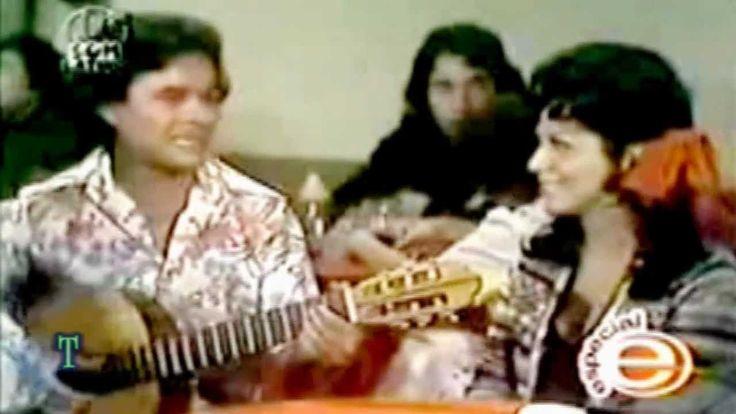 """""""ESTA ROSA ROJA"""", `JUAN GABRIEL´..! VIDEO ENMARCADO CON LAS PRESENCIAS DE LA ESCULTURAL MARIA VICTORIA, ALFONSO ZAYAS Y JOAQUIN GARCIA """"BOROLAS""""..! CORRESPONDE A UN CAPITULO DE LA SERIE.! LA CRIADA BIEN CRIADA DEL AÑO 1975..! VIDEO CON AUDIO DIGITAL..!"""
