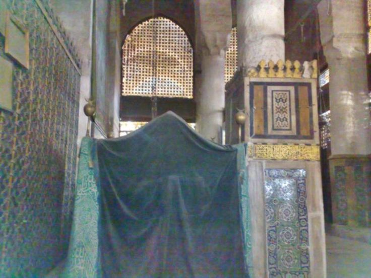 Inside the shrine of our messenger the  prophet Muhammed