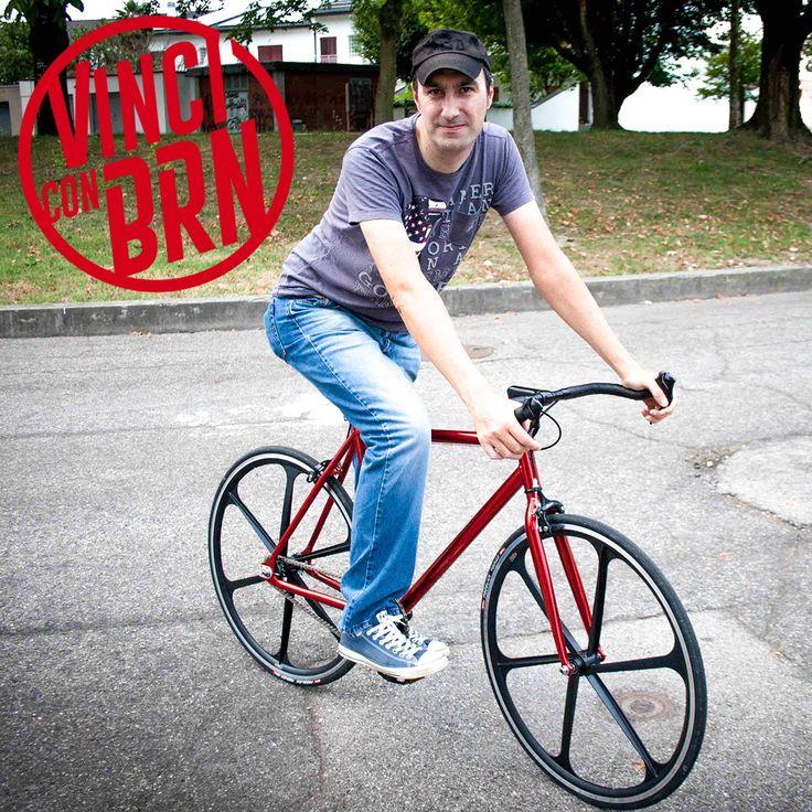 Congratulazioni a Gianluca che ha appena ricevuto la sua nuova #Bicicletta BRN #Fixed come Primo #Premio per il #Concorso #Pedala e #Vinci con #BRN  Anche tu puoi vincere una #Bici come questa, cosa aspetti? Partecipa subito, iscriviti a questo link www.brn.it/concorsi