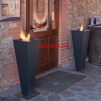 Bio-Камин Altro Thorpe Metal ALTRO FUOCO (Италия) на печном складе ФЛАММА  по цене 1000.00 EUR    BIO Камин Altro Thorpe Metal   BIO камины, как правило, используют в качестве дополнения к декору. Камины Altro Fuoco безопасны, легки в эксплуатации, установке и создают превосходную атмосферу тепла и уюта. Прекрасная идея для загородного дома.   Идеально подходит для создания приятной атмосферы.    Габаритные размеры:см Ø 40 x P 40 x H 105    Вес (кг):18.5 кг    Тепловая мощность…