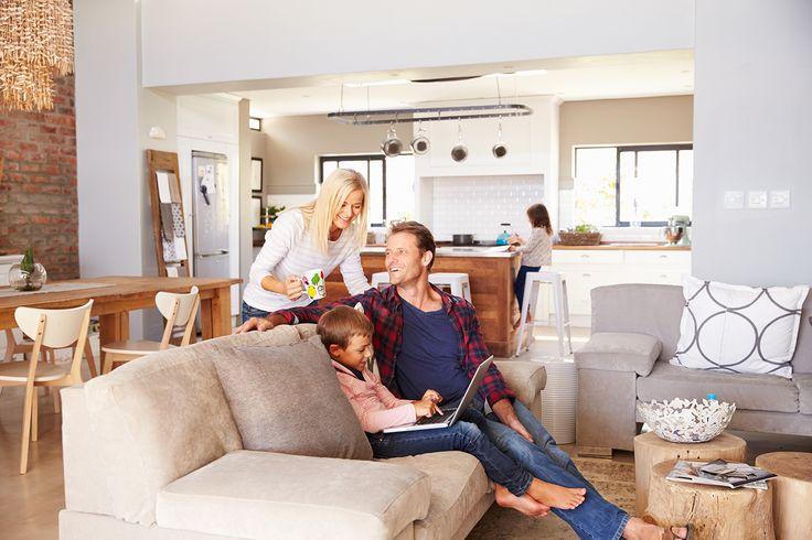 Lantlig heminredning är elegant och enkel, där man använder naturliga färger och texturer för att få en rustik känsla i hemmet.