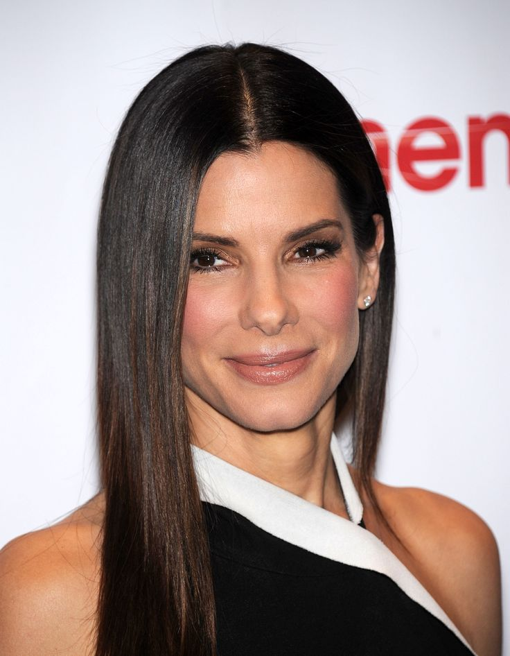 Look Fab at 49 Like Sandra Bullock