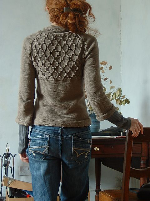 "Great back! ""Slipped Hours"" - Ravelry"