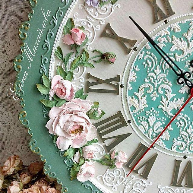 Жизнь должна быть в радость!!!  Чтобы вставать с удовольствием на работу. Работать, не заглядывая на время. А домой так же идти с удовольствием! Где тебя ждут родные! Вот это и есть настоящее счастье!!!  На фото фрагмент от настенных часов  #еленамихайлова  #скульптурнаяживопись #декоративнаяштукатурка #объемнаяживопись #цветысвоимируками #роспись #бирюза #пыльнаяроза #чайнаяроза #декоринтерьера #часы #купитьчасы #часыназаказ #часынастенные #красивыеинтерьеры #украшениедома #длятебя #...