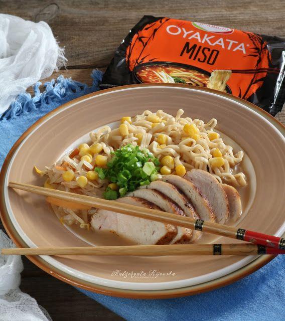 Kurczak z makaronem a'la zupa miso