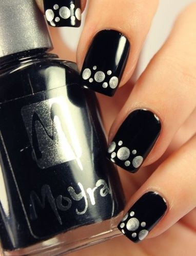Black and Silver Nails at Pretty Designs