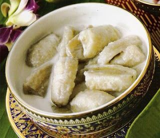 The Polynesian Kitchen: Cooked Green Bananas in Coconut Milk