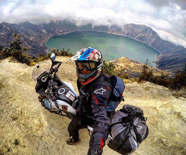 Unbelievable landscapes in Ecuador! Volcan Quilotoa up to 3920m #ecuador #BDTeam #motorbike #suzuki