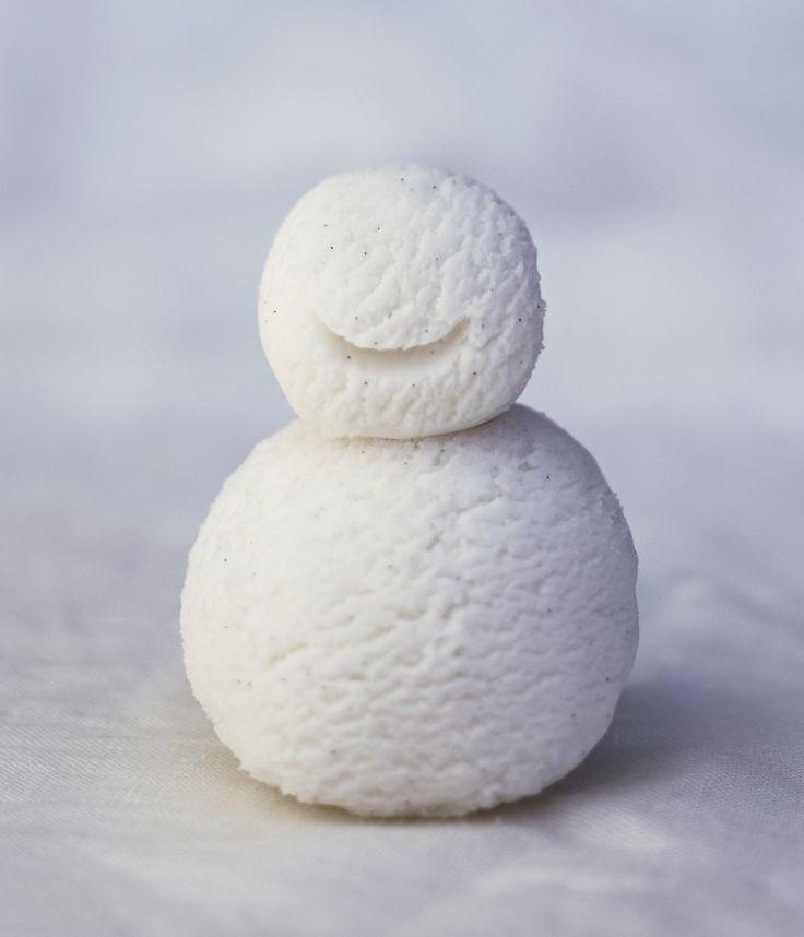 How to Make Snow Into Delicious Ice Cream
