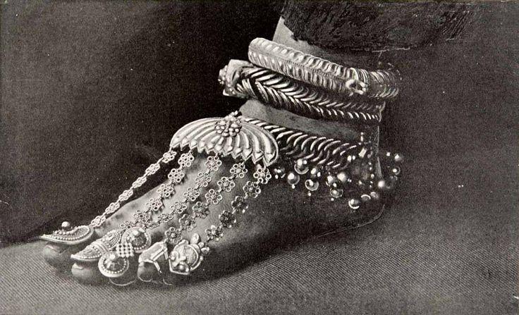 Foot Jewelry..
