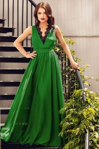 Rochie de seara lunga verde din voal de matase si cu insertii de dantela neagra