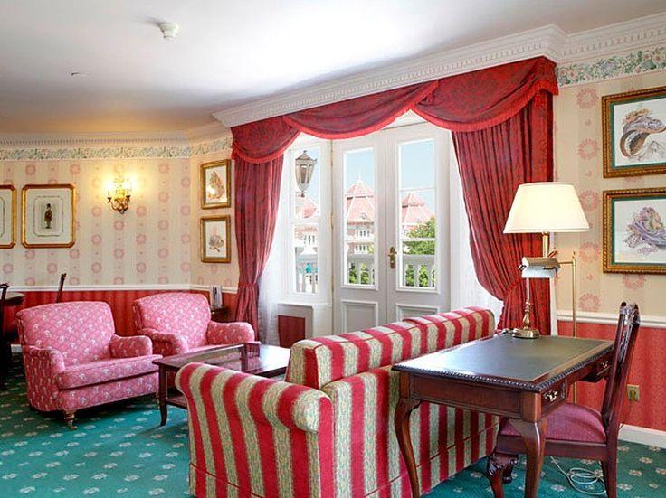 Disneyland hotel 2 bedroom junior suite layout for Disneyland hotel 2 bedroom suite