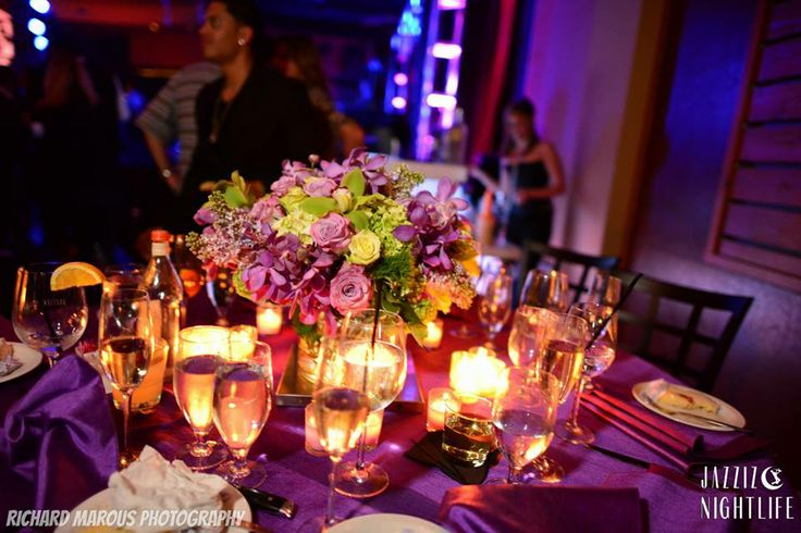 A table is ready! (Richard Marous Photography)