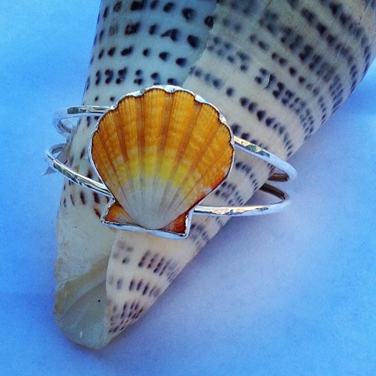 #oceandreamshawaii sunriseshell seashell armcandy