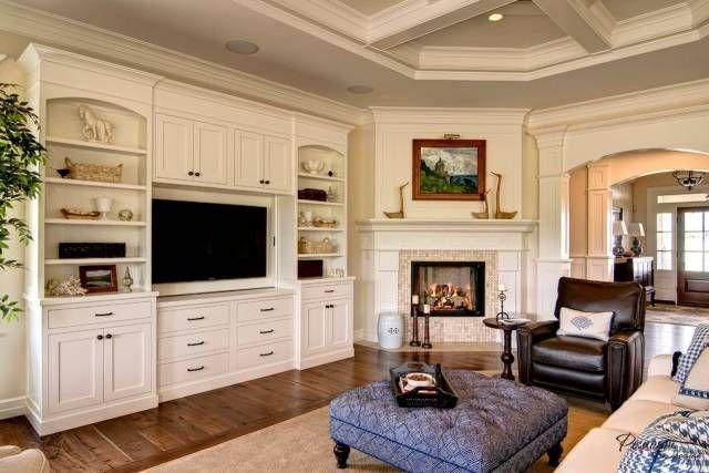 Угловые камины в интерьере гостиной