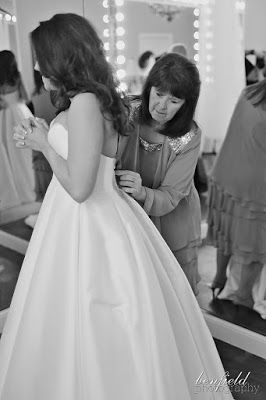 Duggar Family Blog: Updates and Pictures Jim Bob and Michelle Duggar 19 Kids and Counting TLC: Amy's Beautiful Wedding Photos