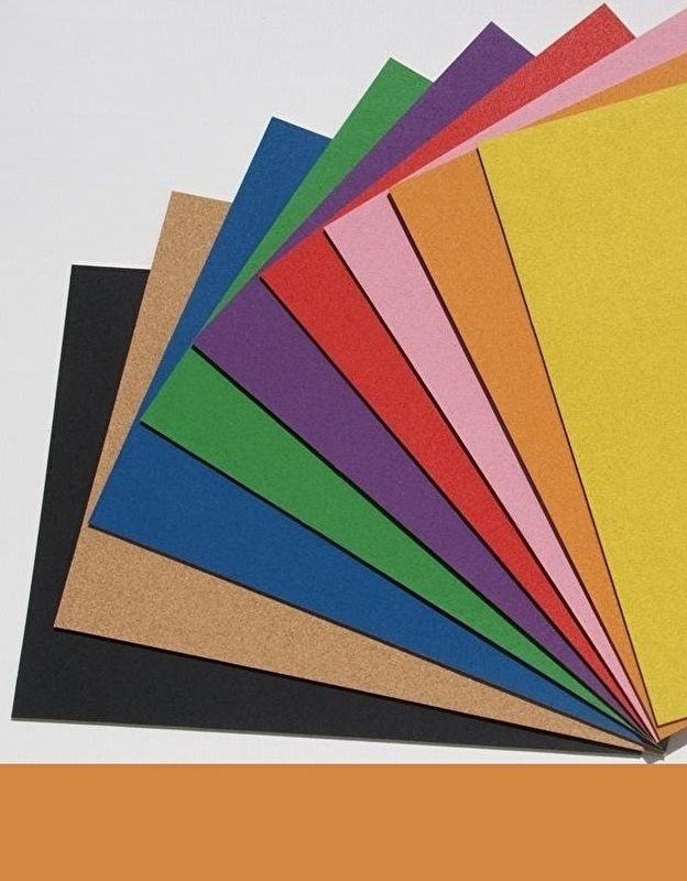 Gekleurd zelfklevend prikbord 60 x 90 cm.  oranje