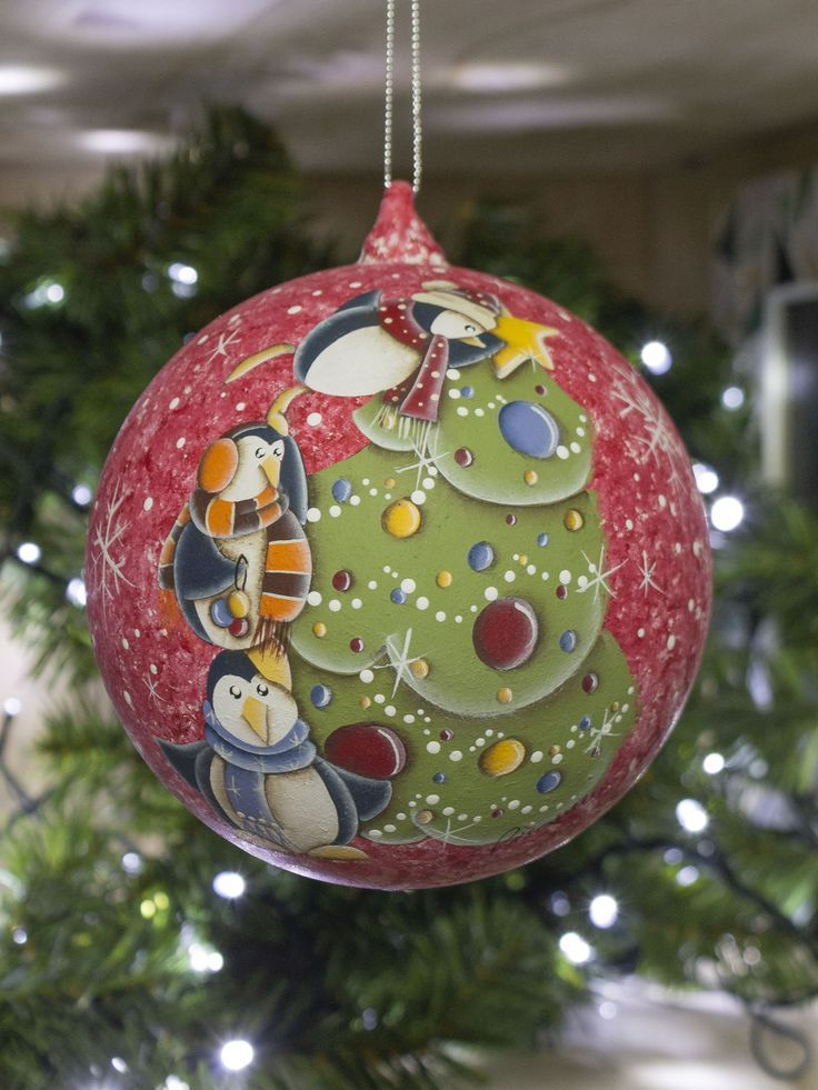 Addobbi Natalizi Vetro.Christmas Glass Ball Hand Painted Following The Country Painting Tecnique Christmas Christmasdecor Chirst Ornamenti Natalizi Natale Country Idee Di Natale
