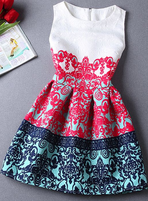 Such beautiful dress!