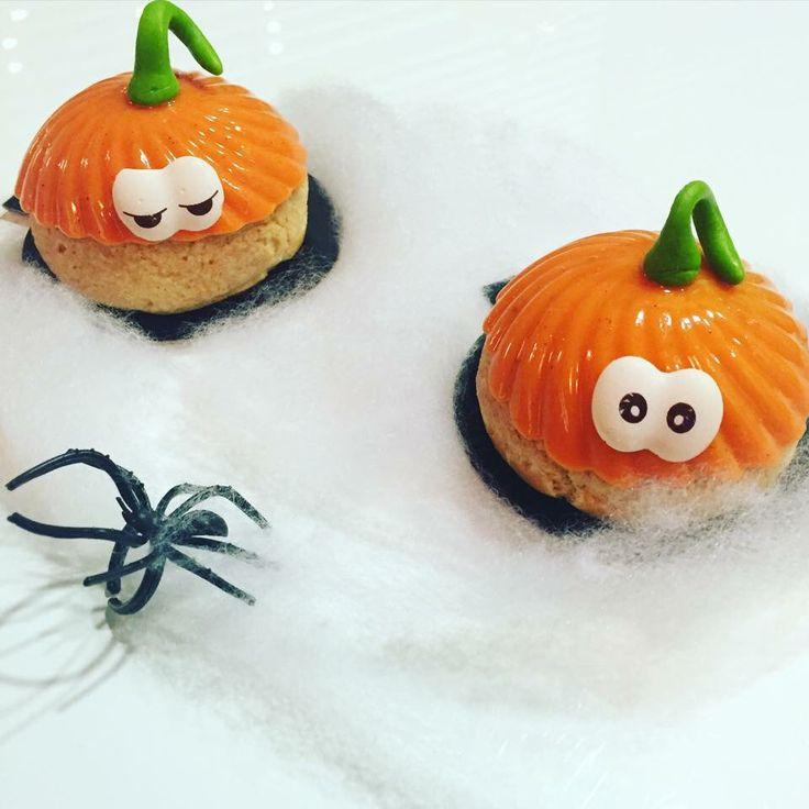 Les Choux'itrouilles sont en boutique durant toutes les vacances  !  #choux #cchoux #halloween #pastry #patisserie
