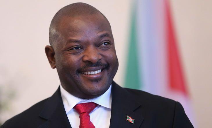 Burundi – Election Présidentielle : Validation de la 3e candidature de Pierre Nkurunziza - 05/05/2015 - http://www.camerpost.com/burundi-election-presidentielle-validation-de-la-3e-candidature-de-pierre-nkurunziza-05052015/?utm_source=PN&utm_medium=CAMER+POST&utm_campaign=SNAP%2Bfrom%2BCamer+Post