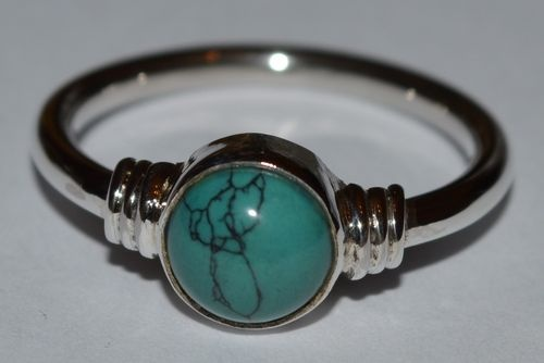 925 Sterling Silver 7mm Turquoise Ring - Intrigue