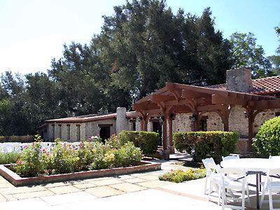 Hidden oaks retreat conference center southern california for Wedding dresses rancho cucamonga