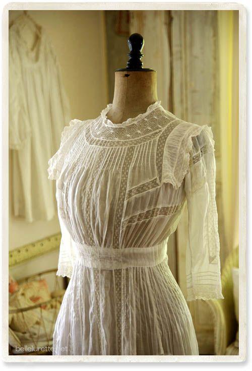 アンティークヴィクトリアンドレス - 【Belle Lurette】ヨーロッパ フランス アンティークレース リネン服の通販