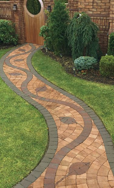 Any pattern can be created using pavingstones. This stunning pattern was created using Cambridge Pavingstones with Armortec.