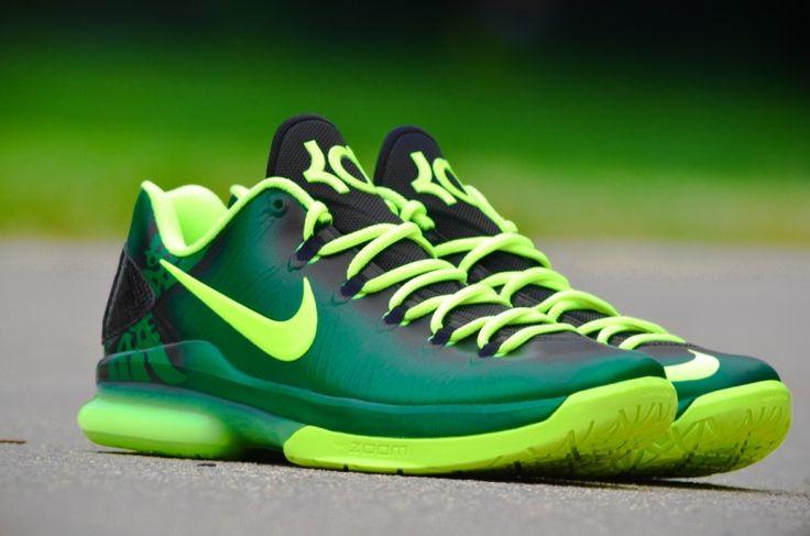 "I'm not an Oregon fan but I dig these Nike KD V Elite ""Oregon Ducks"" Customs by DMC Kicks"