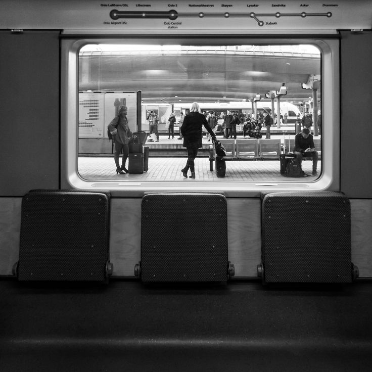 https://flic.kr/p/QcbaNP | Waiting | Oslo Central Station 2016 | www.gjertsen.photos/portfolio/