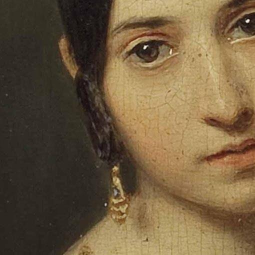 Particolare di opere 3. Ferdinand Georg Waldmuller: Ritratto di una bambina. Olio su tavola del 1840. Palais Dorotheum, Vienna. La giovanetta ha una sottilissima trecciolina arrotolata sotto la tempia, davanti all'orecchio. Da sotto sporge l'orecchino d'oro. Sembra un poco triste, la ragazzetta.