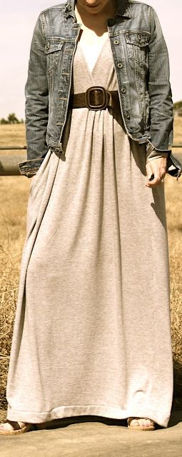 2nd Story Sewing: Maxi Dress Tutorial. This could really easily be made nursing friendly...