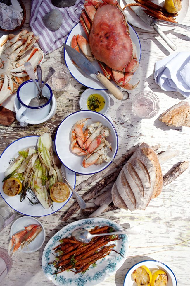 summer crab feast | via: cannelle et vanille