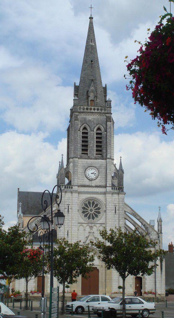 Mayet, Sarthe. Pop: 3191.
