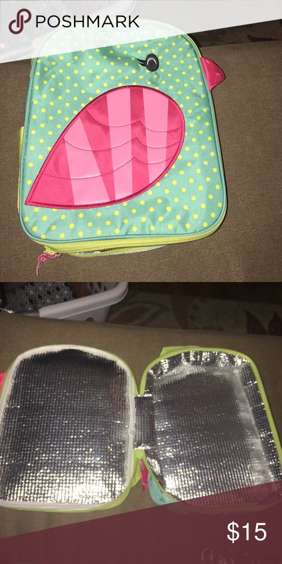 Thirty one lunch box! Thirty one lunch box with a bird design! So adorable and never used! Bags Mini Bags