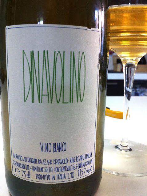 Produttore: Az. Agr. Denavolo Vino: Dinavolino Denominazione: Vino Bianco V.D.T. Vitigno: Malvasia di Candia aromatica, Ortrugo, Marsanne, altro vitigno non identificato