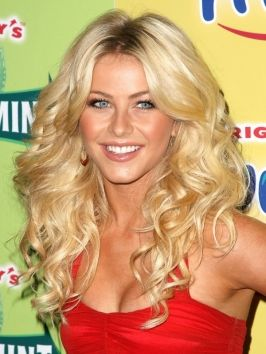 Julianne Hough Big Curly Hairstyle