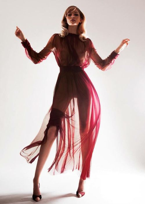 Nora Sarman / the Betty dress / photo Daniel Fliegauf / stying Erika Csaba / model Monica Visage