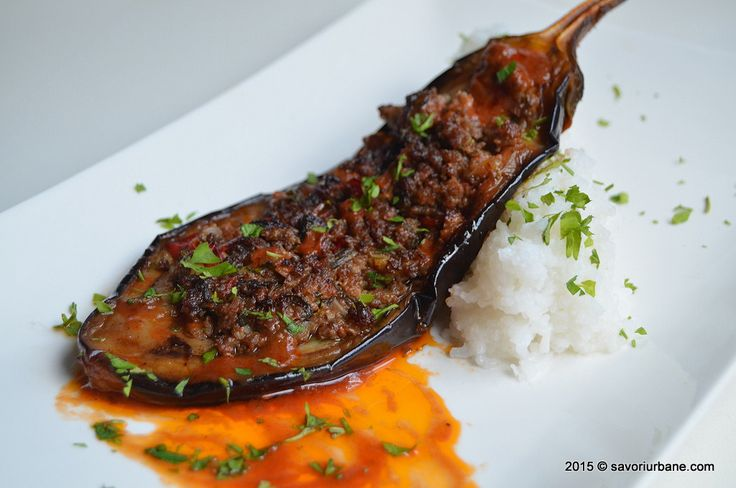 Vinete umplute cu carne tocata la cuptor karniyarik (11)