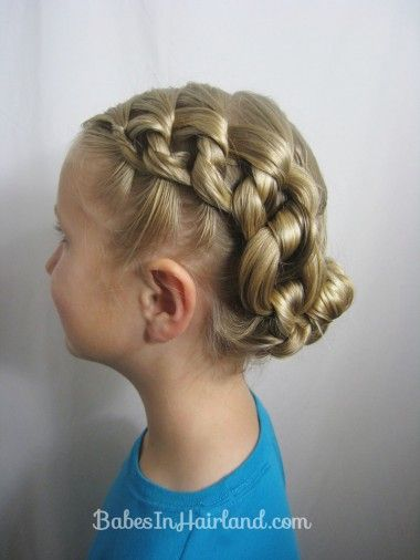 Chunky Knot Hairstyle from Babes in Hairland