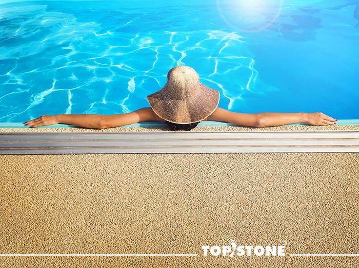 ještě pořád váháte, co si dát k bazénu za povrch? třeba Vám pomůže náš článek na blogu :) :) https://topstone.cz/…/promena-okoli-bazenu-snadno-a-rychle-… #topstone #kamennýkoberec #exteriér #bazén #okolíbazénu #swimmingpool